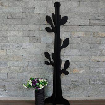 arbol-hojas-ambiente-negro
